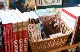 Temos à venda livros de diversas editoras parceiras, como Zahar, Globo, Casa da Palavra, Senac, Mauad X, e mais!